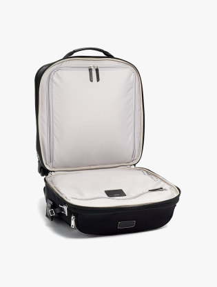 Oxford Comfort Carry-On1