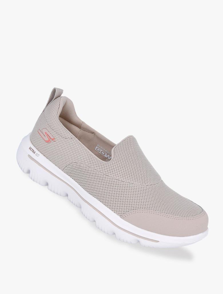 0e3a255d91681 Skechers GOwalk Evolution Ultra - Reach Women's Sneakers Shoes